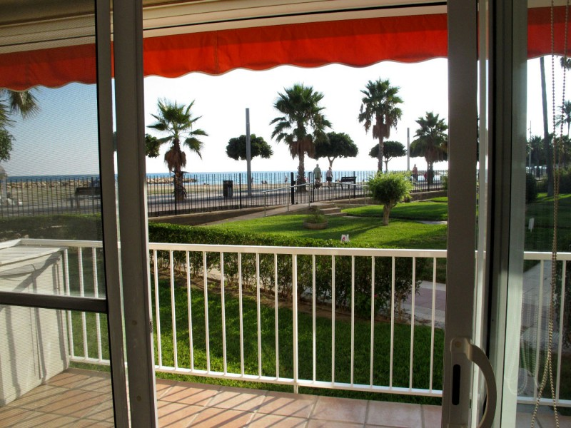 Venta apartamento cambrils la llosa en 1 linea de playa - Venta apartamentos cambrils ...